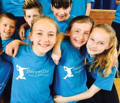 Steppin Out Stars Of Tomorrow Theatre School Wokingham